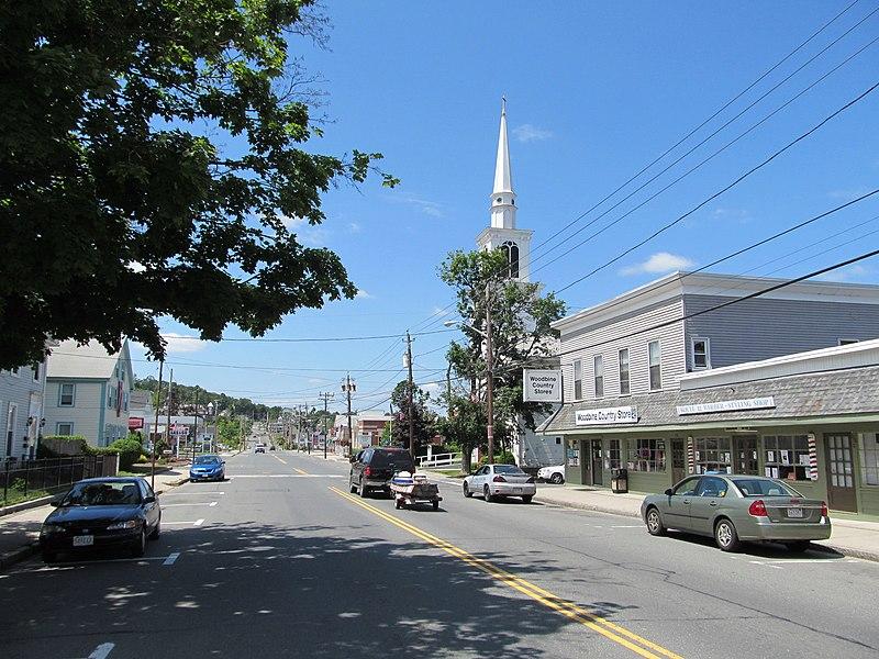File:Main Street, Monson MA.jpg