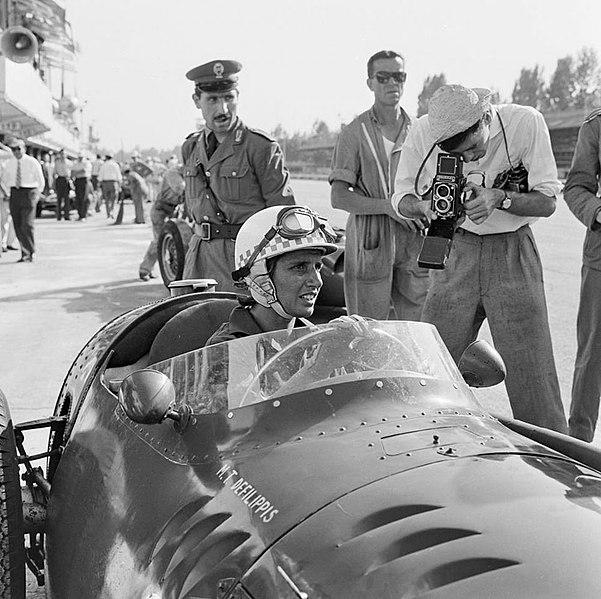 File:Maria Teresa de Filippis Monza 1958.jpg