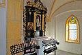 Maria Woerth Rosenkranzkirche S-Kapelle Nepomuk-Altar 25092014 445.jpg