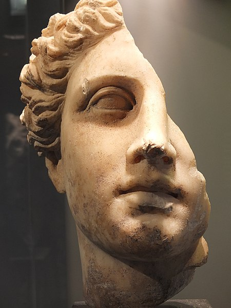 File:Mariemont Bust Greek goddess 02.JPG - Wikimedia Commons
