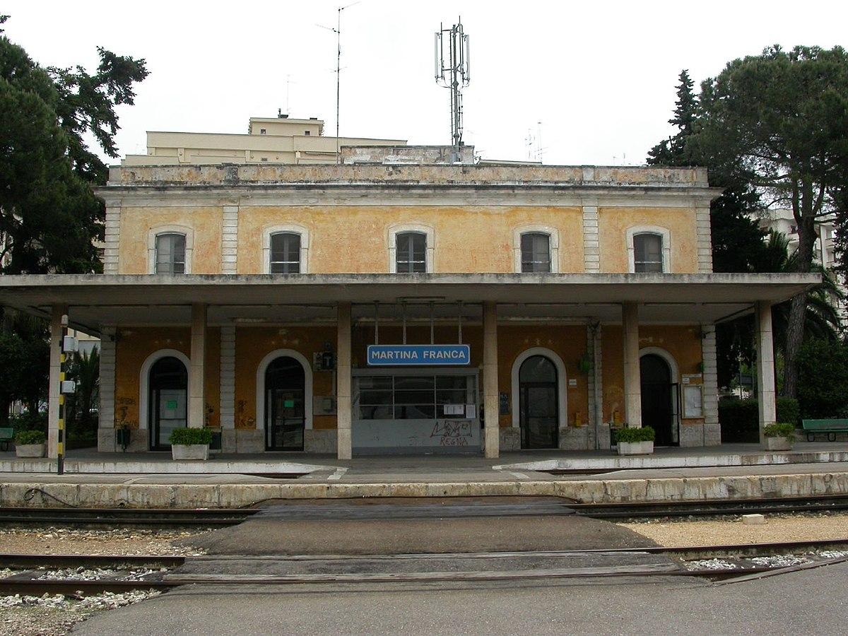 Martina franca railway station wikipedia - Mobilificio martina franca ...