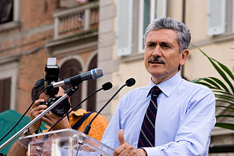 Massimo D'Alema - D'Alema during a PD's meeting