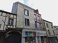Mayenne - Centre-ville 05.jpg