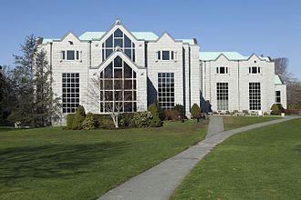 Salve Regina University - McKillop Library