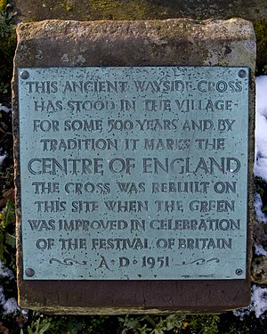 Centre points of the United Kingdom - Plaque on the ancient cross at Meriden, West Midlands, the traditional centre of England.