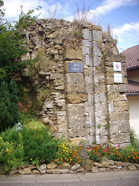Ruins of Mousson castles (Meurthe-et-Moselle, France). Urtal gate