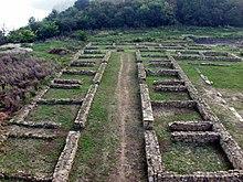 Novae, ruiny rzymskiego szpitala wojskowego - valetudinarium (fot. Wikipedia - Janusz Recław, lic. C.C.3,0))