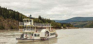 Navío en el río Yukón, Dawson City, Yukón, Canadá, 2017-08-27, DD 63.jpg