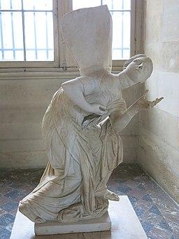 Niobide restaurée en Psyche (Louvre, Ma 379)