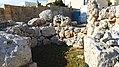 Northwestern apse in the southern Ta' Ħaġrat temple.jpg