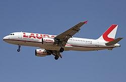 OE-LOQ Airbus A320-200 Laudamotion PMI 2019-07-02 (16a).jpg
