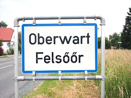 Bilingual sign of Oberwart (in Hungarian Felsoor) in Burgenland Oberwart - Felsoor.JPG