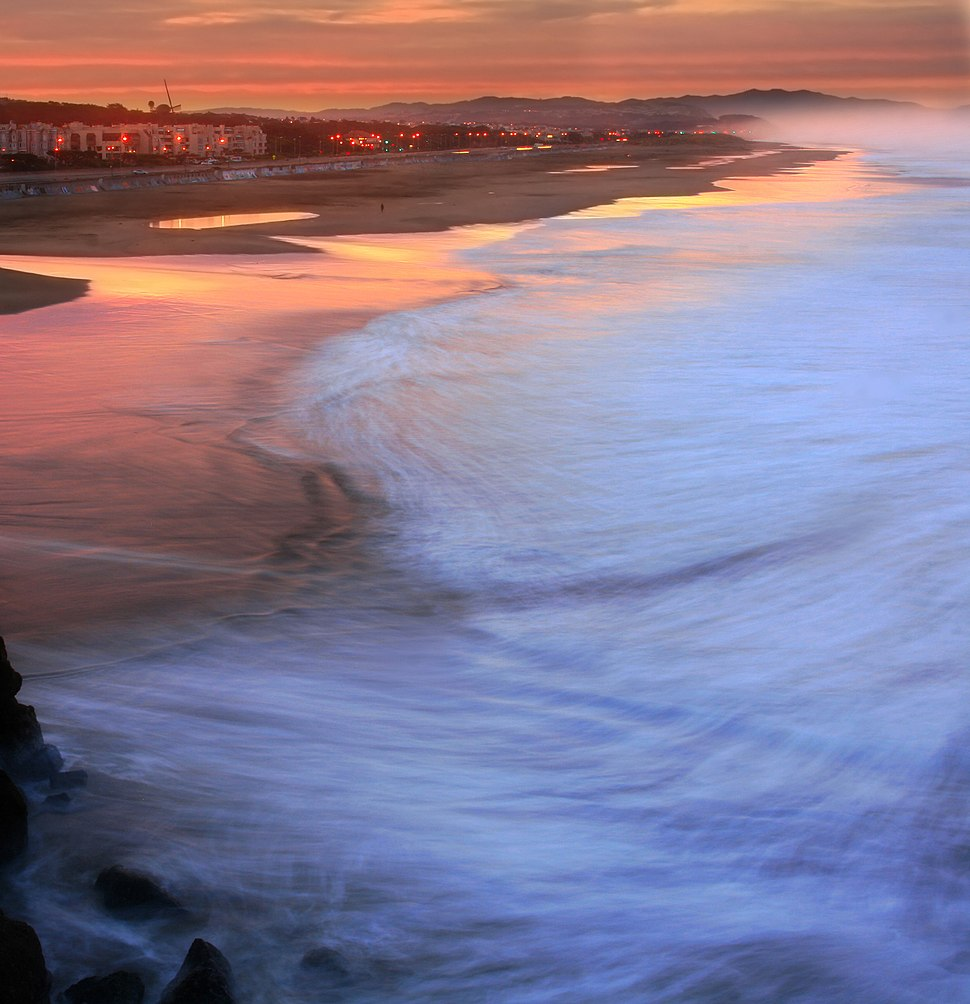Ocean Beach in San Francisco at sunrise edit1