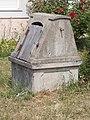 Old stone well. - Poprád road, Öreghegy, Székesfehérvár, Fejér county, Hungary.JPG