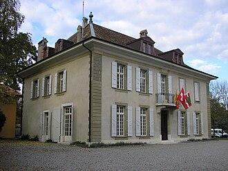 Onex, Switzerland - Image: Onex Mairie 1