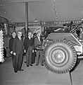 Opening Bedrijfsautotentoonstelling door staatssecretaris Dr. G.M.J. Veldkamp, Bestanddeelnr 905-6812.jpg