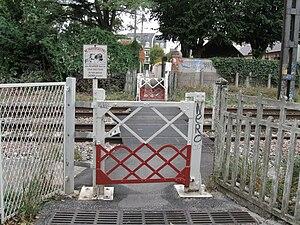 Orléans passage à niveau venelle de la Pionnerie 1.jpg