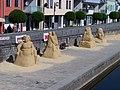 Písek, sochy z písku 2012.jpg