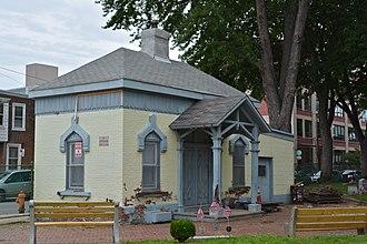 Fishtown, Philadelphia - Palmer Cemetery gatehouse