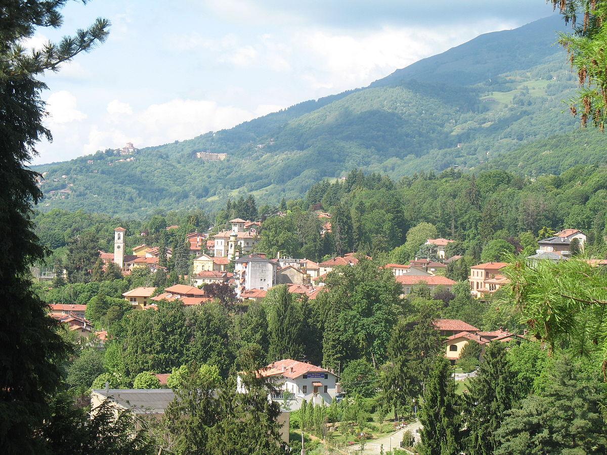 Pollone italia wikipedia for Be italia