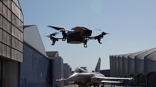 Parrot AR.Drone 2.0 & Dassault Rafale