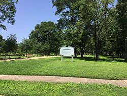Plantation Memorial Park in Pecan Grove