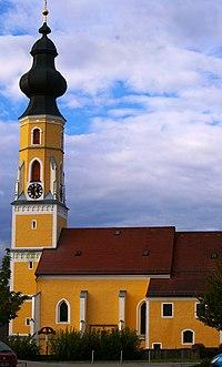 Pfarrkirche Tarsdorg.jpg