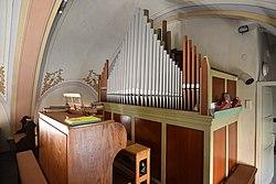 Pfarrkirche hl Dreifaltigkeit Interior 08.jpg