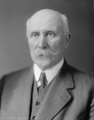 Deputy Prime Minister of France - Image: Philippe Pétain (en civil, autour de 1930)