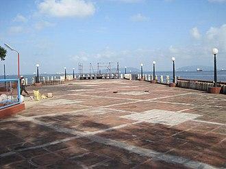 Bombay Presidency Radio Club - Pier at Bombay Presidency Radio Club as seen from the club