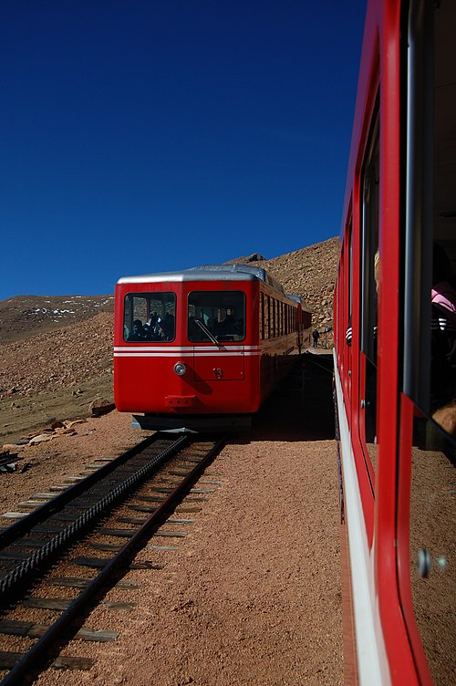 Pikes-Peak-Cog-Railway Windy-Point Trains 2012-10-21.JPG