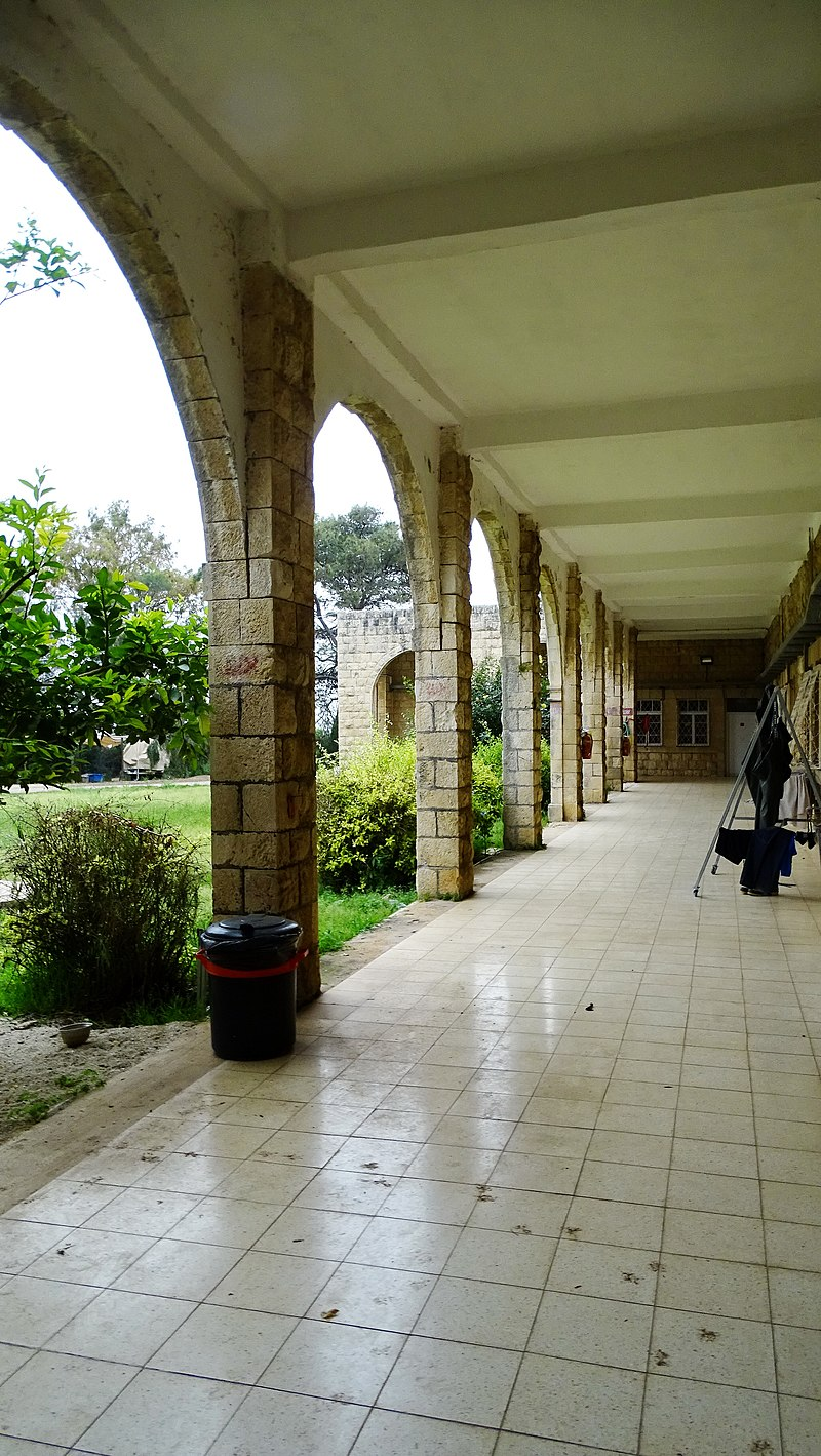 בית ספר בטנטורה