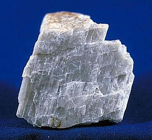 Plagioclase - Plagioclase displaying cleavage. (unknown scale)