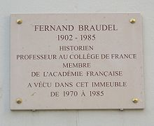 Plaque Fernand Braudel, 59 rue Brillat-Savarin, Paris 13.jpg