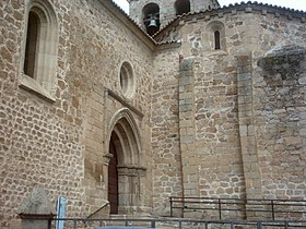 Plasencia St. Salvator Church back entrance 2007.jpg