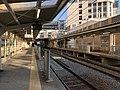 Platform of Maiko-Koen Station 4.jpg
