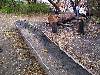 Plimoth Plantation - Image: Plimoth Plantation Canoe