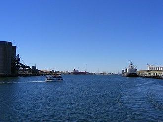 Port River - Image: Port River downstream