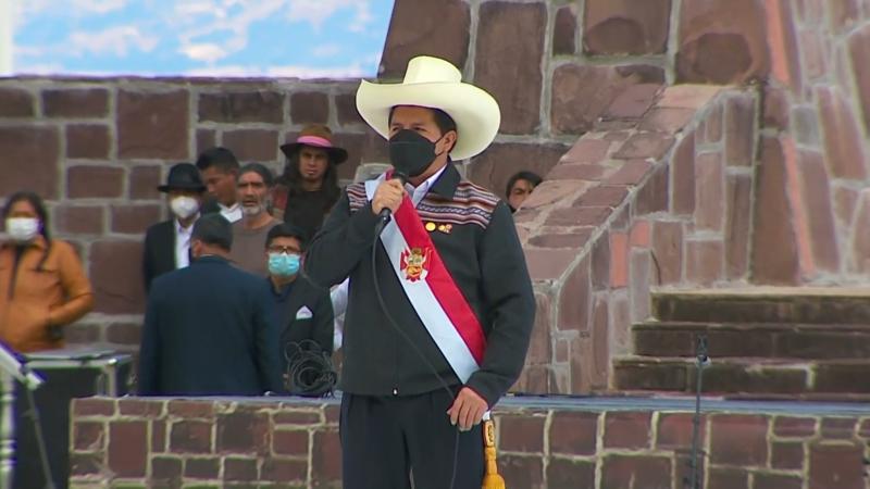 File:Presidente Pedro Castillo jura de manera simbólica en histórica Pampa de Ayacucho 3-54 screenshot.png