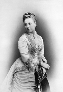 Princess Beatrice 1877.png