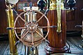 Queen-Mary-ships-wheel (21611593765).jpg
