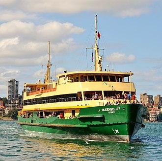 Freshwater-class ferry - Image: Queenscliff, Circular Quay, 2017 (01)