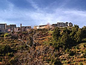 Quercitello village.jpg