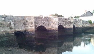 Redbridge, Southampton - Redbridge Bridge - The old causeway from the south side at low tide.