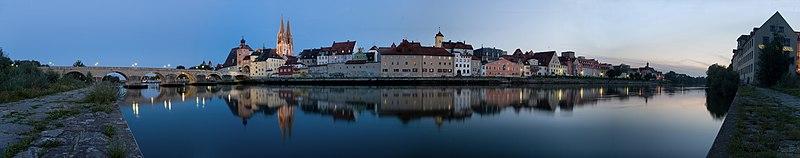 Uferpanorama Regensburg