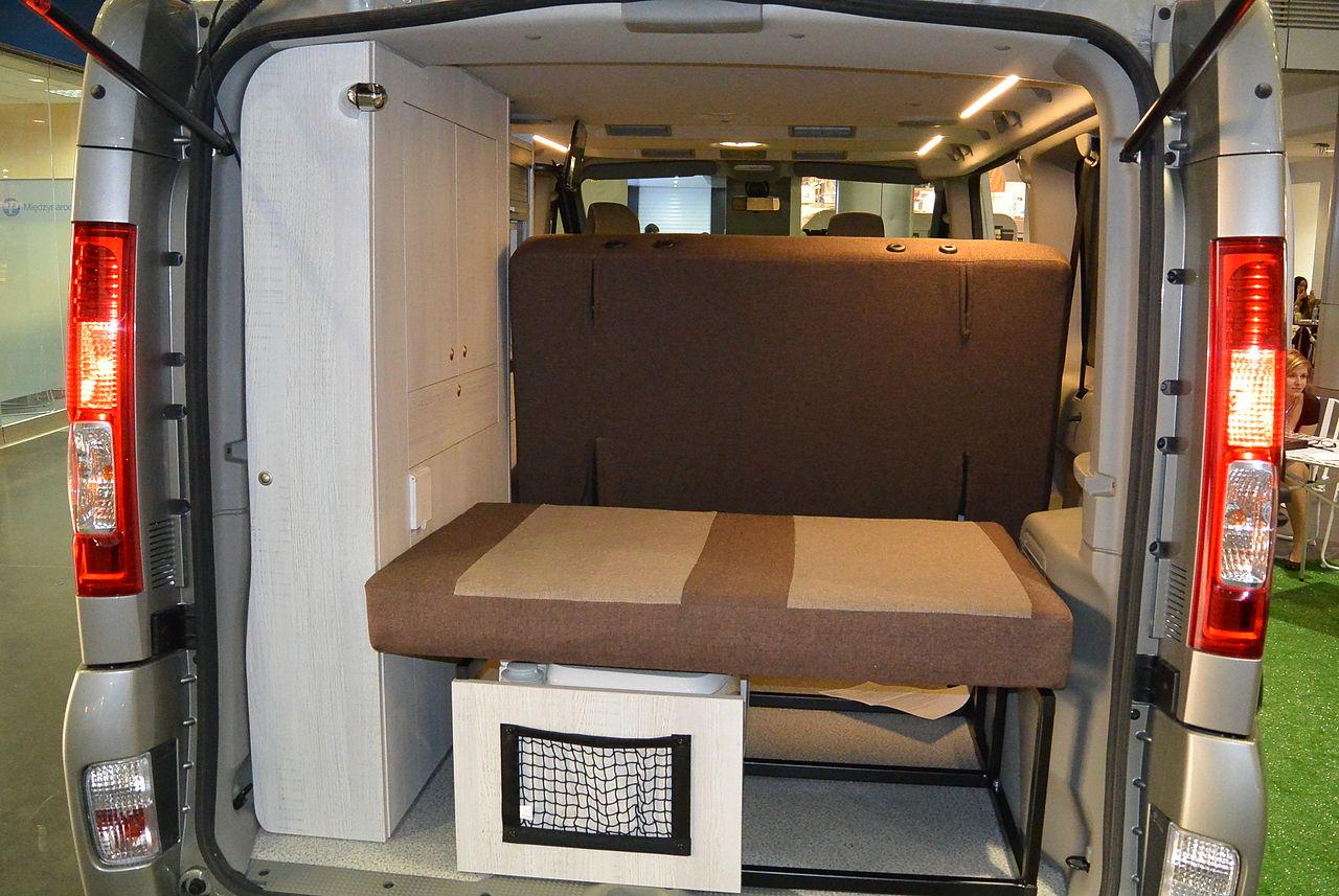 file renault trafic camper conversion 2. Black Bedroom Furniture Sets. Home Design Ideas