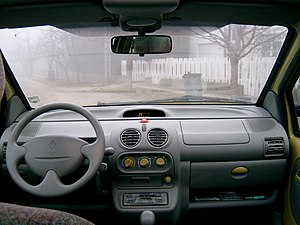 Renault Twingo - Interior of the 1998–2000 Twingo I