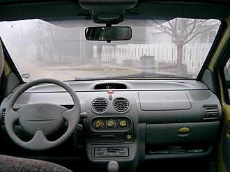 Renault Twingo - Interior of the 1998–2000 Twingo I