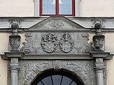 Fil:Residenset i Göteborg portal detail.jpg