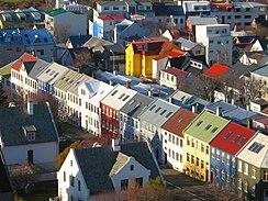 Reykjavík, dove Björk è nata e cresciuta, e tuttora risiede.